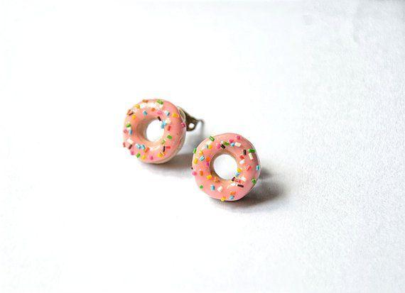 donut stud earrings