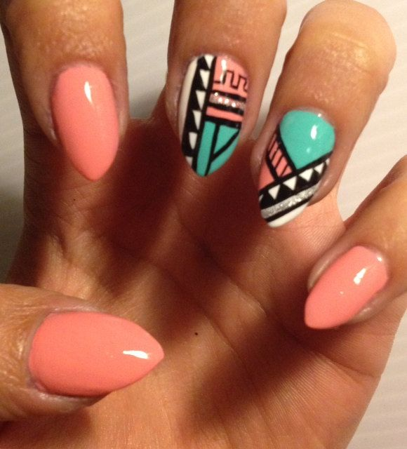 Customized Aztec Press On Nails Fake nails. Like the tribal nail art - recreate.