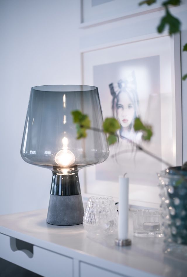 Leimu by Iittala also available in a gorgeous copper tinted glass.... lampa stor