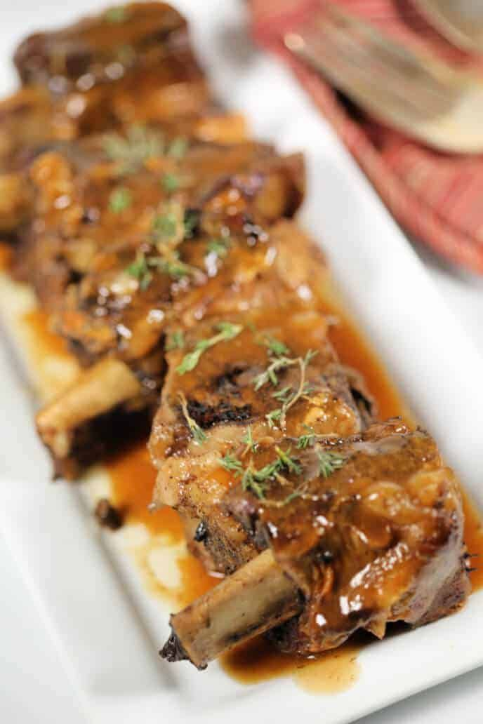 These Slow Cooker Beer Braised Short Ribs are tender and melt in your mouth.&nbs…