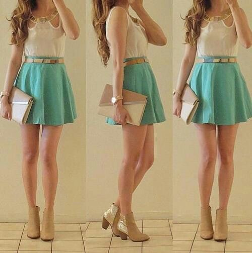 Outfit con dalda color verde menta