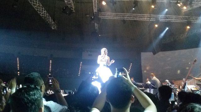 Andien Berhasil Padukan Musik dan Fashion dalam Konsernya | Majalah Kartini