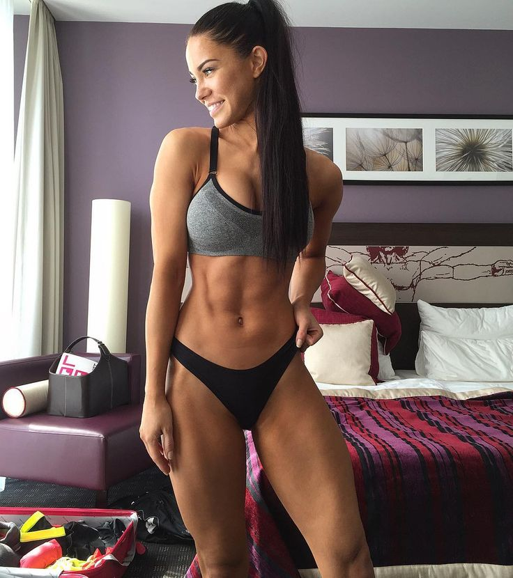 buffyshot:  @stephaniedavisfitness: Hotel room shot