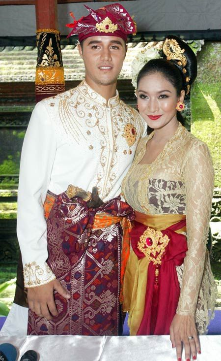Indonesian Royal Balinese Ubud couple