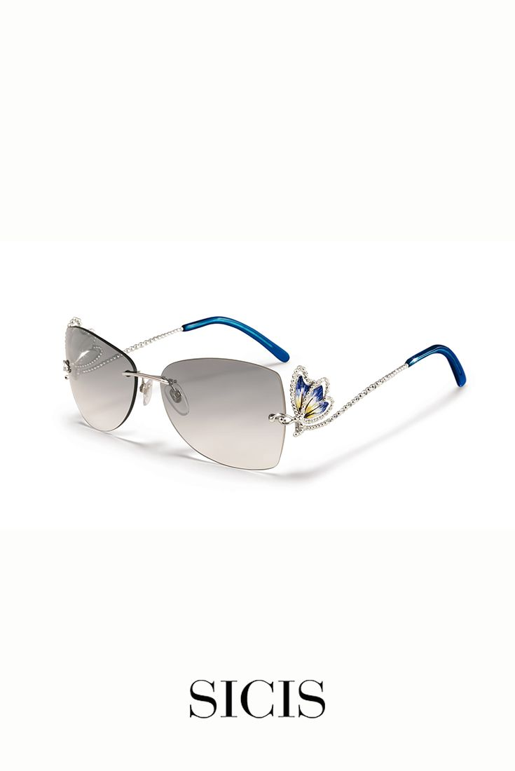 #luxury and #jewelry lovers: Butterfly Sun White and Blue are the perfect #sunglasses for sophisticated women. http://bit.ly/Butterfly_WB
