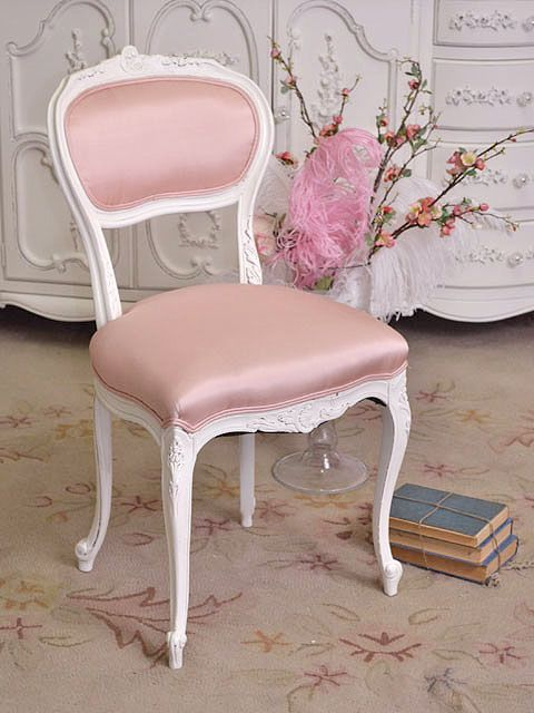 This darling chair features a lovely Louis XV style frame with curved feet and filigree details. Its petite size is perfect to pair with your vanity table! Comes newly upholstered on the seat and back in our lovely pink silk fabric. Darling Pink Silk Petite Louis XV French Style Chair is perfect for your living room.: Vanities Chairs, Vanity Chairs, Rocks Chairs, Shabby Chic, Cottages Chic, Chic Chairs, Chic Pink, Pink Vanities, Shabby Cottages