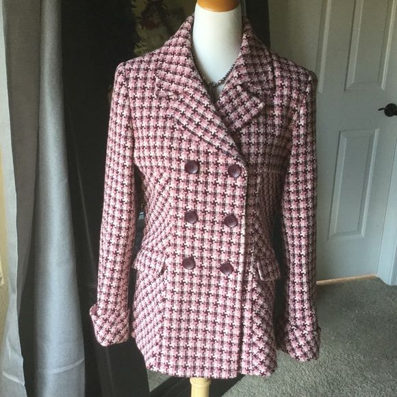 """Moda International Victoria's Secret  jacket Moda International by Victoria's Secret jacket in beautiful pinks mauve and plum colors. Fully lined. Just a gorgeous jacket that will have you stylish and warm. 31"""" total length.  Front pockets. Moda International Jackets & Coats"""