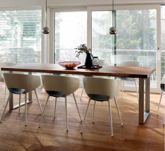 Finally the table you always wanted: HARO Dining Tables  HARO #DiningTables are produced from original HARO #OakTimber. Whether #rustic or #classical – this #contemporary #table is stunning.  Now Available from HARO New Zealand  Sizes are: 180 x 85 x76.4 cm (6 seater) 200 x 85 x76.4 cm (8 seater) 260 x 100 x76.4 cm (10 seater)  Enquiries to sales@haro.co.nz✅