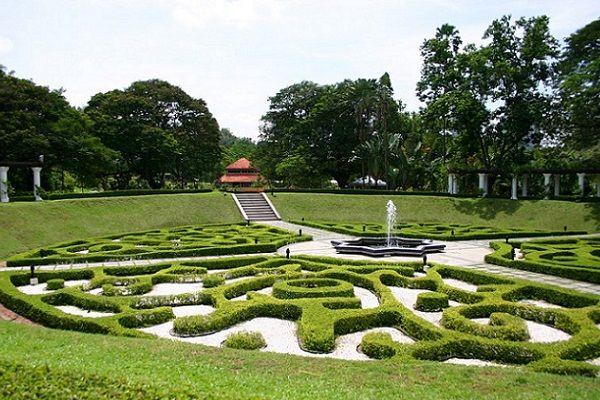 PERDANA BOTANICAL GARDENS http://www.bookklhotels.com/perdana-botanical-gardens/