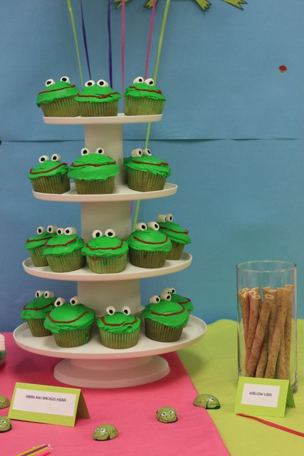 "Photo 1 of 16: five green and speckled frogs / Birthday ""Diamond's 5 green and speckled frog party"" 