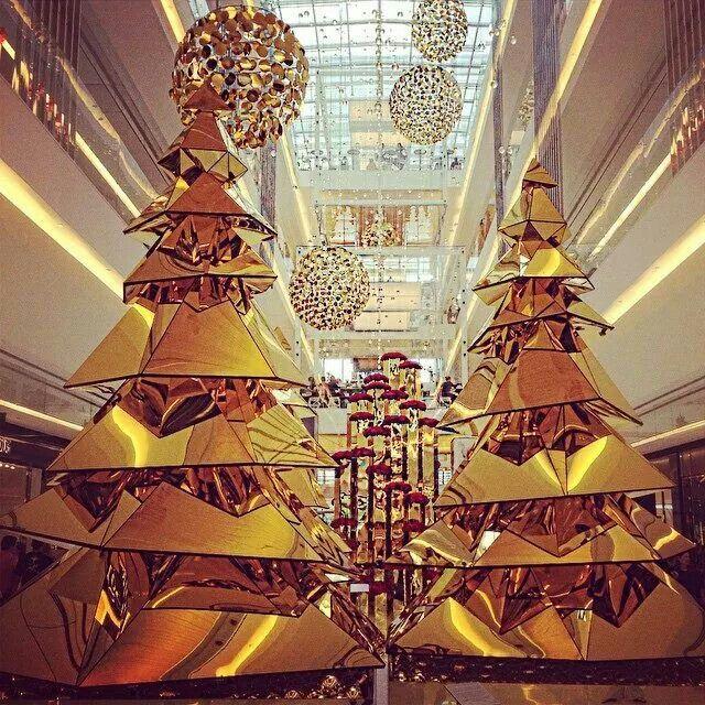 Pin by la la land on 4 CHAZ   Pinterest   Christmas tree ...