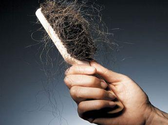 Vypadávají vám vlasy? Lámou se vám nehty? Dělá se vám akné? Pak vám chybí toto.