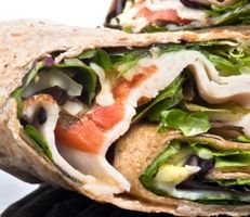Fuji Apple, Spinach and Turkey Wrap via Dr. Oz. This is a great lunch idea--helps reinvent your usual wrap...chicken caesar anyone?