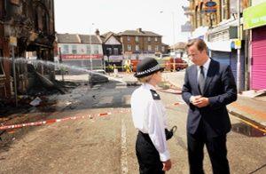 David Cameron visits Croydon after the 2011 riots