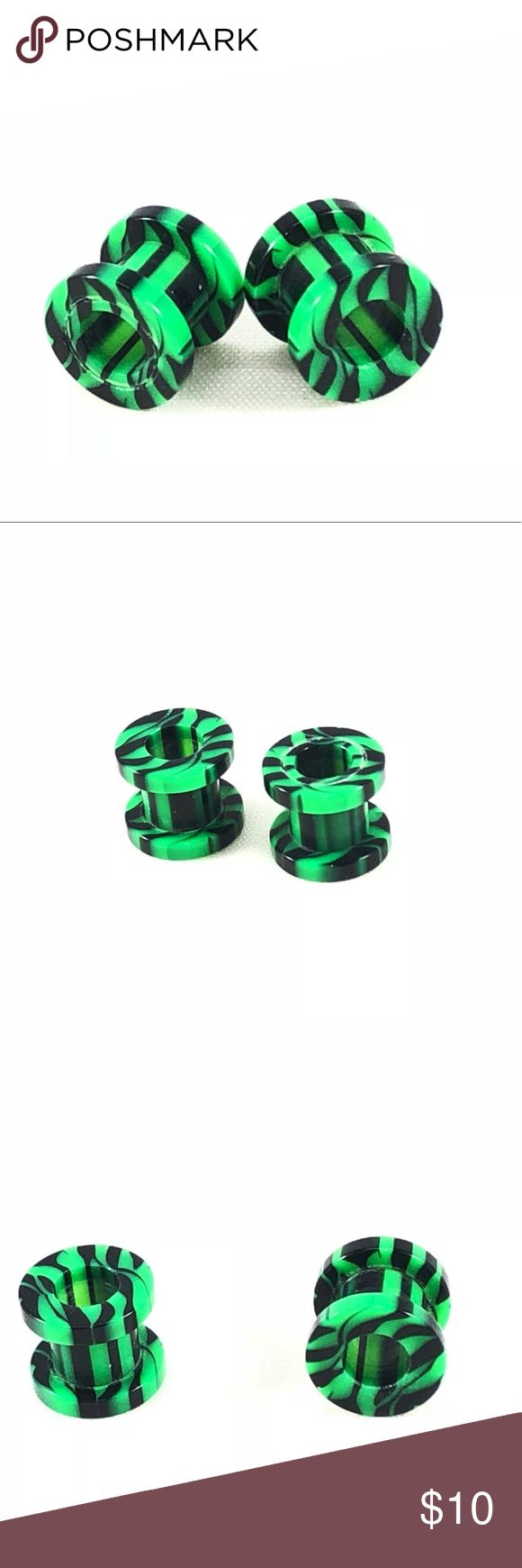 Green & Black Striped Acrylic Ear Gauge Tunnels New! Awesome green and black striped ear gauge tunnels. Removable ring/tip for easy entry! Available in sizes: 00g, 0g, 4g, 6g, & 8g.   ALSO AVAILABLE IN PINK, PURPLE, WHITE, & BLUE! SEE OTHER LISTINGS!  ALL BODY JEWELRY IS BUY ONE GET ONE FREE! SEE MY OTHER LISTINGS! Space City Jewels Jewelry Earrings