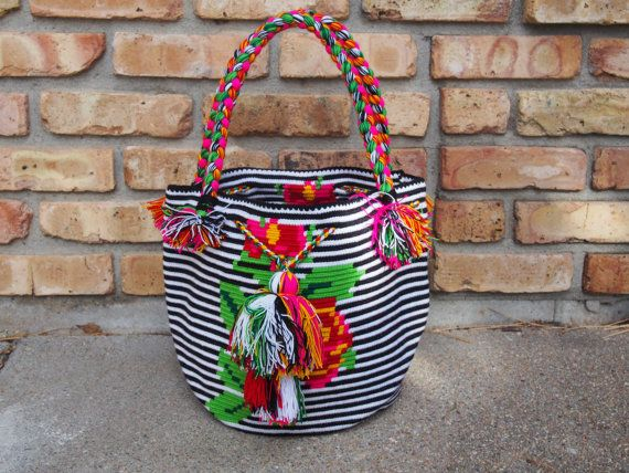 Handmade Large Multi-Colored Braided Handle Wayuu Mochila from Colombia (H076)