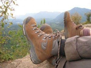 Camina sobre cualquier terreno con el calzado que te ofrece #Vasque. Distribuidos en Venezuela por #Servishopping.