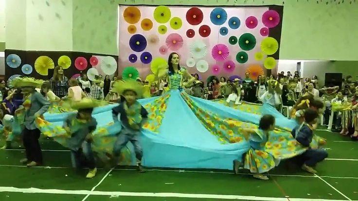 Festa Junina - Dança Menina Bonita - Cagério de Souza