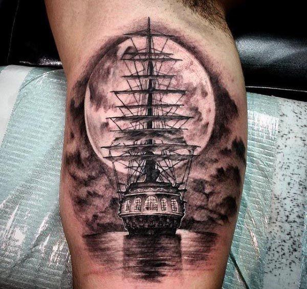tatuajes impresionantes bíceps