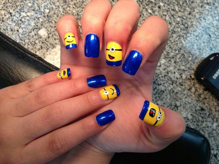 Minion nails for G  Juliet :)