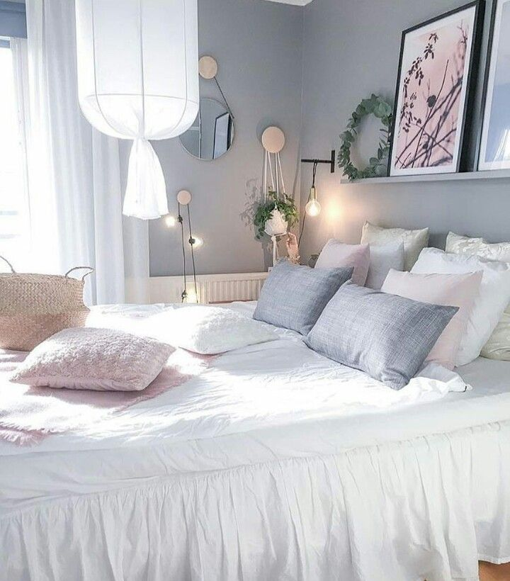 Teen S Bedroom With Feature Grey Wall And Monochrome Bed Linen