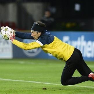 Gianluigi Buffon, Juventus. | FC Nordsjaelland 1--1 Juventus. 23.10.12.