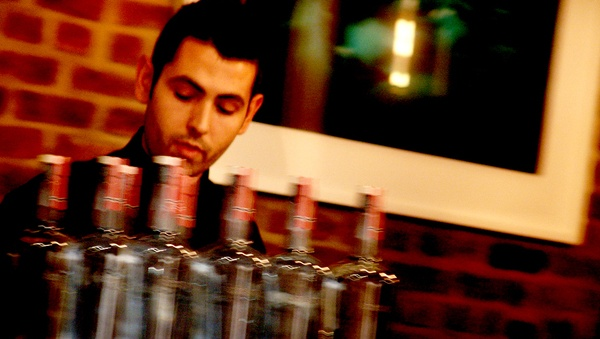 Dalio Calado @ the bar