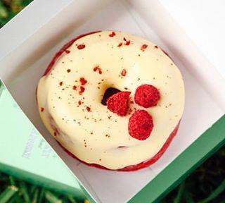See this Instagram photo by @vegsociety • 107 likes Needing this vegan red velvet 'butter' cream doughnut from @doughnut_time 🙌🏽🍓