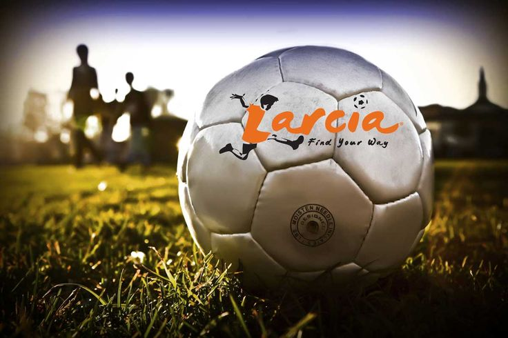 Larcia Sports | Kids Soccer Shoes - Find Your Way