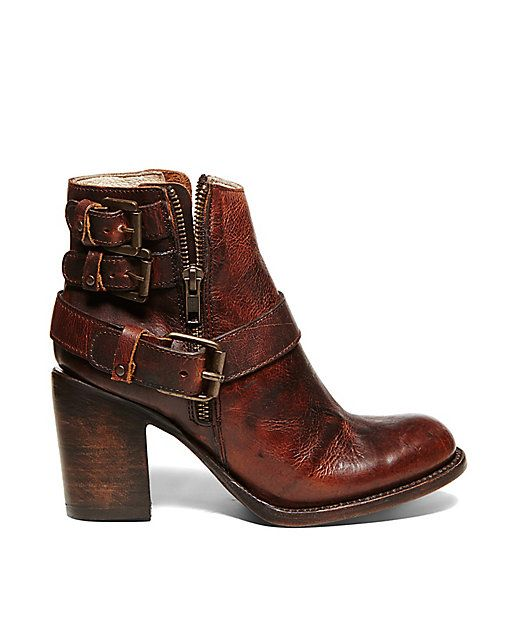 BOLO - Freebird by Steve Madden I own these new brown and black- need some  clothes to match