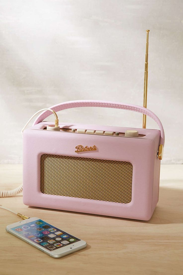 Roberts Radio Revival Radio - Urban Outfitters