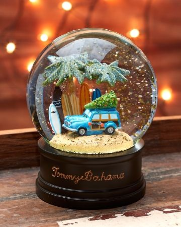 Inspired By The Classic Woodie Wagon This Playful Sand Globe Combines Holiday Cheer With Surf