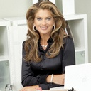 kathy ireland  Faith, family & fashion are among my passions. Here to serve with an open heart. What are your passions?  California