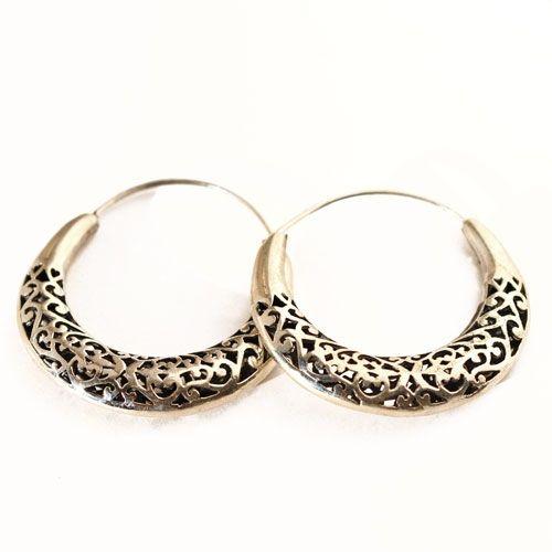 Boucle d'oreilles touareg en argent creoles ciselé, bijoux Touareg fait à la main.