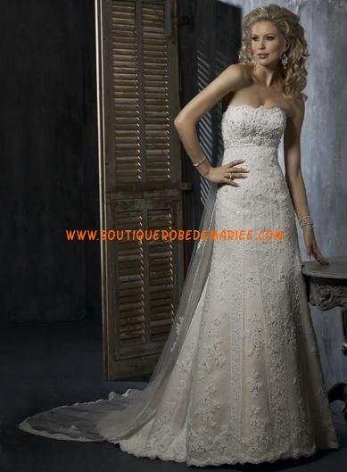 Robe de mariée de luxe dentelle avec traîne Watteau