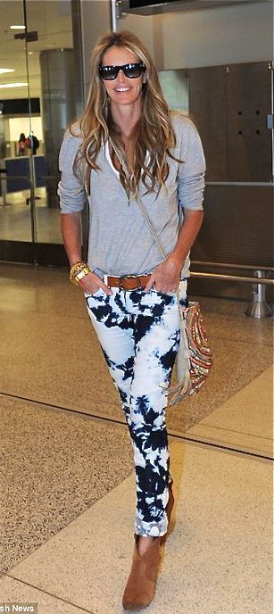 Elle Macpherson - urban style for everyone - just great! #glamour #fashion #topmodels