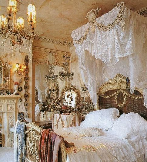 Ultra feminine!: Vintage Shabby Chic, Dreams Rooms, Princesses Rooms, Home Decor, French Beautiful, Victorian Bedrooms, French Home, Princesses Bedrooms, Fairies Tales