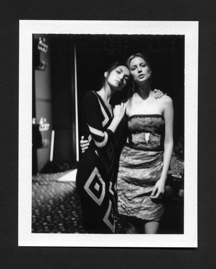 Mariana & Monica, backstage Christian Cota