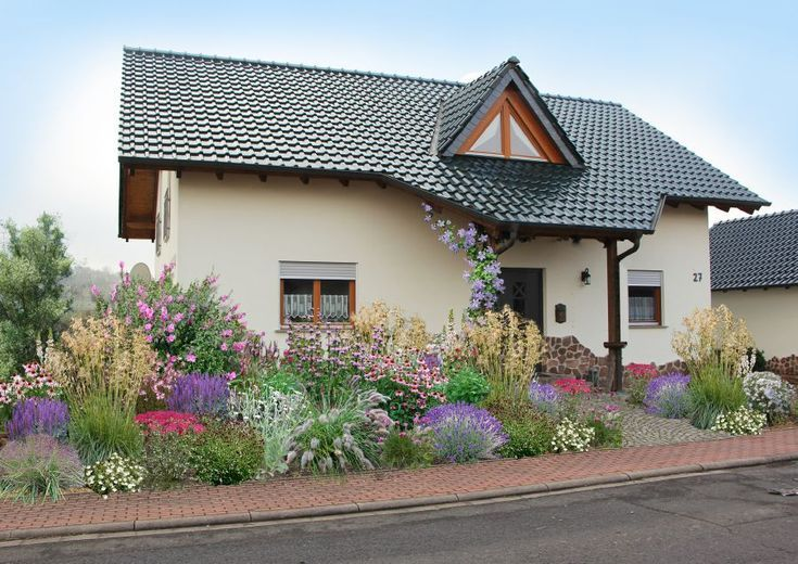 Fancy nature: Living front yard Natural flowers with ... on Fancy Outdoor Living id=96848