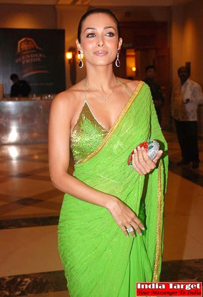 Bollywood Actresses In #Saree