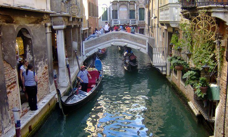Gusto in scena, quest'anno alla Scuola Grande di San Giovanni Evangelista, nelle vicinanze della Stazione e di Piazzale Roma. A Venezia sipropone un percorso ideale...
