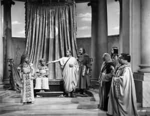 """Claude Rains and Vivien Leigh starred in a film adaptation of the George Bernard Shaw play, """"Caesar and Cleopatra,"""" in 1945, directed by Gabriel Pascal. Cleopatra Pictures: Caesar and Cleopatra"""