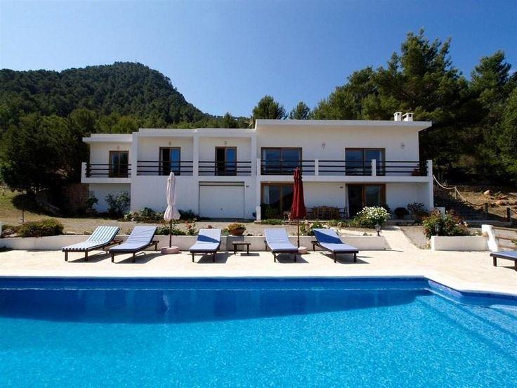 http://foto.i-rent.net/rental/spain/ibiza/islas-baleares/san-jose/villas/villa-635_47143/200x150/635_00.jpg