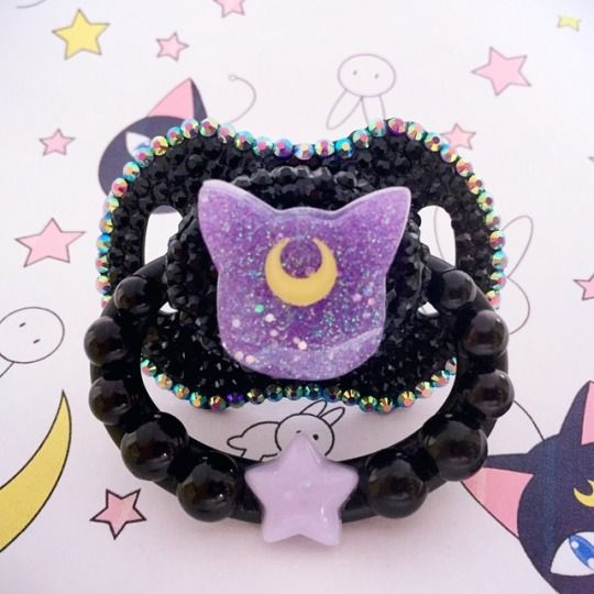 Sailor Moon inspired Luna Adult Pacifier // Adult pacis are so kawaii! Love the jewels and glitter! Cuuuute ^^