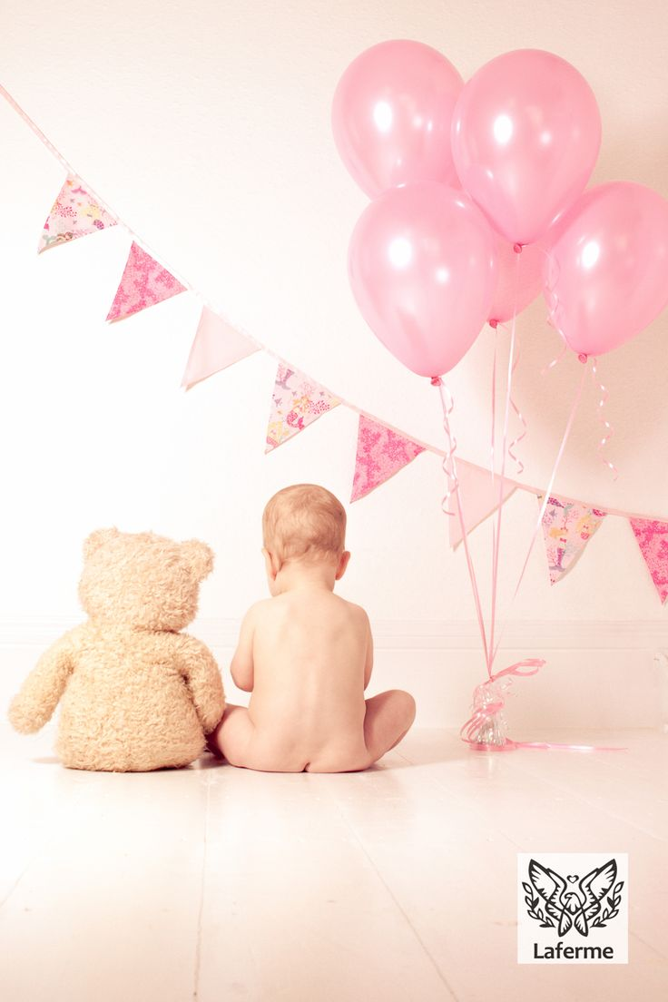 First birthday photo shoot Laferme.co.uk Kent photographer follow me on Instagram mrslafermecreative :)                                                                                                                                                      More