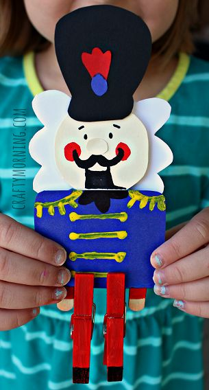 Christmas craft for kids - Clothespin Nutcracker Craft