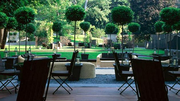 Gorgeous Gardens at the BULGARI HOTEL MILAN, simple elegance at its best. http://www.thedaysofthechic.com/blog/2015/1/13/bulgari-set-to-open-fifth-luxury-hotel-in-beijing