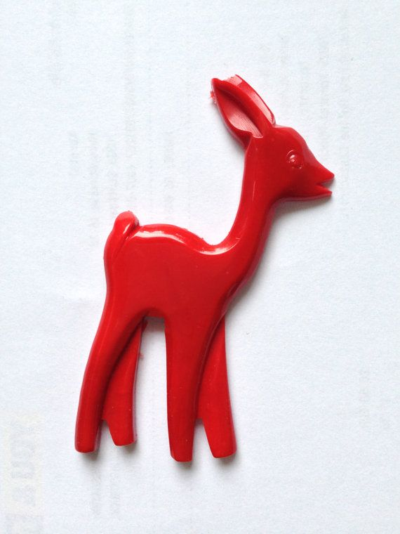 carved fab-a-lite bakelite pin brooch 1940s look - deer