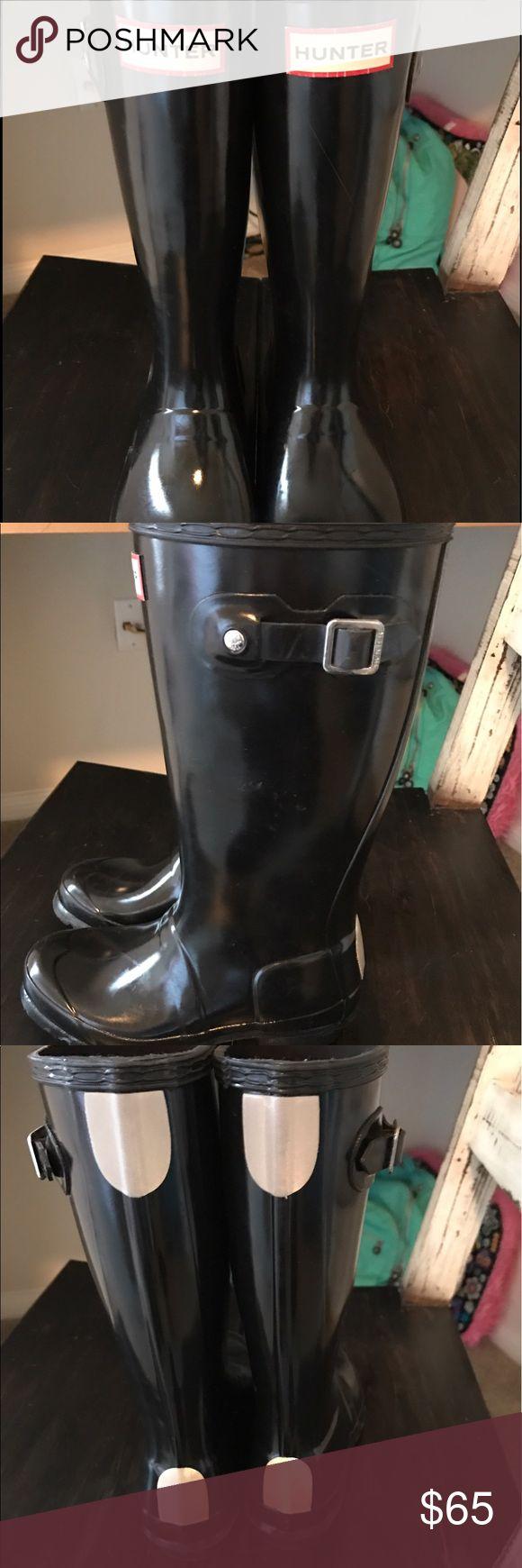 Kids Hunter rain boots Hunter rain boots size 1b or 2g worn one time. Hunter Shoes Winter & Rain Boots