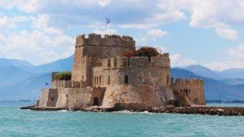 Οι 10 πιο όμορφες πόλεις στην Ελλάδα   Μια χώρα με απίστευτη φυσική ομορφιά συναρπαστική ιστορία και λαογραφία η Ελλάδα έχει αναμφισβήτητα κάτι για τον καθένα... from ΡΟΗ ΕΙΔΗΣΕΩΝ enikos.gr http://ift.tt/2wX5q6x ΡΟΗ ΕΙΔΗΣΕΩΝ enikos.gr